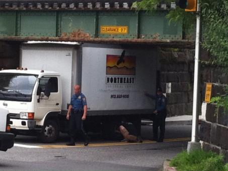 truck stuck rt 202